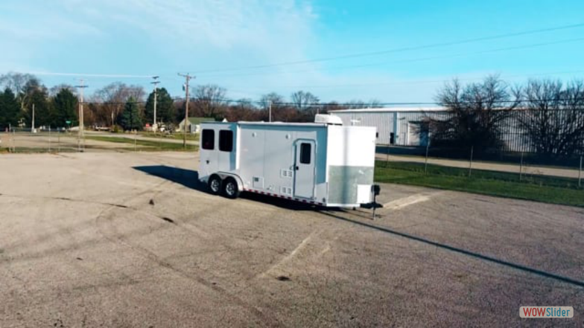 Harmar: Dixie Star 2 Horse Trailer